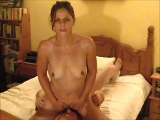British Ex-gf Facesitting And Cumming