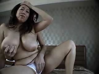 Asian Bbw Gets Pussy Fingered.avi