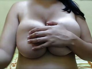 Inverted Nipples Big Natural Tits , Pussy And Ass Spread