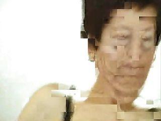 Deutsche Oma Reitet Und Lacht Geil