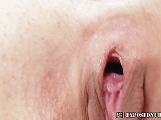 Klara Nasty Nurse Speculum Fetish Masturbation At Clinic