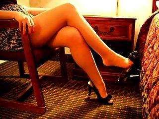 Legs And Feet - Erkek Uzun Bacak Sever
