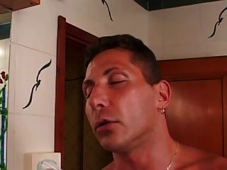 Sexy Shemale Stuffs His Hungry Ass Hole