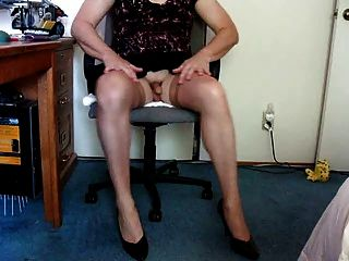 Showing Off In Nylons And Showing Feet