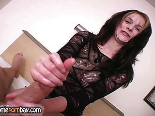 Handjob From Cute Amateur Girl In Hot Amateur Porn