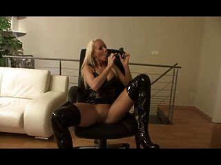Chatty German Girl In Latex Using A Toy