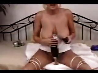 Bizarre Samantha Fucks Champagne Bottle