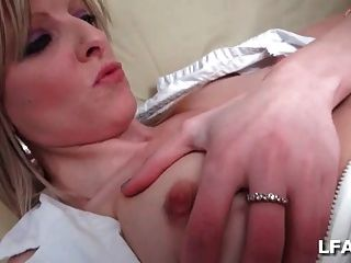 Sextape D Une Belle Blonde Sodomisee Par Une Queue Black
