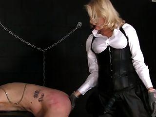 Stunning Mistress