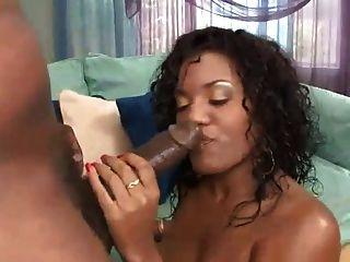 Bubble Booty Ebony Getting Fucked - Derty24