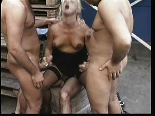 2 Matures And 6 Guys In Orgy (camaster)