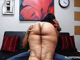 Big Booty Latina Driving Instructor Fucks Hung Stud Student
