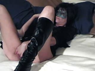 Hot Amateur Milf With Big Dildo And Fisted