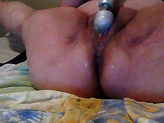 Close Up Playing On Cam