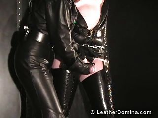 The Leather Domina - Leather Gloves