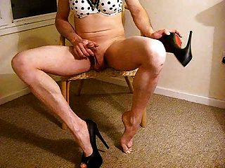 Heel And Dildo Fucking Tranny