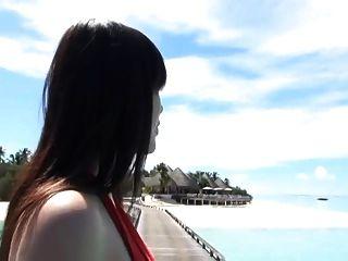 Minami Matsuzaka - Beautiful Japanese Milf