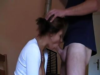 Cute Girl Gives A Nice Blowjob