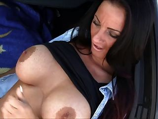 Milf Love Fucking In Car