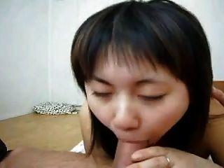 Chinoise  Aime  La  Baise