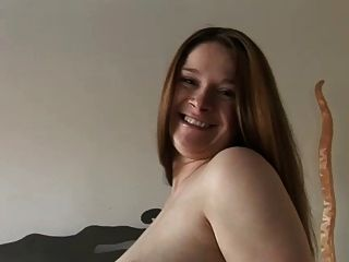 Pregnant - Hot Brunete Selfe