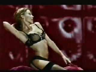 Kylie Non Nude!!!!