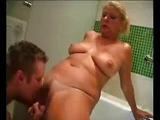 Horney Mom Fucked In Bathroom - Jp Spl