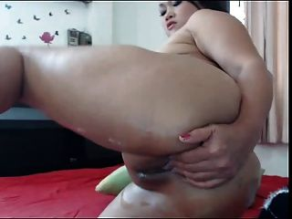 Beauty Asian Masturbating On Webcam