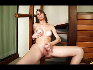 Beautiful Shemale Gabriely Stankof With Big Thirsty Ass