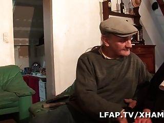 La Bonne Soeur Prend Dans Le Cul En Sucant Papy