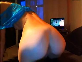 Two Girls Play With Dildo On Cam