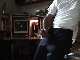 Str8 Daddy Watching Porn & Jerk Hart