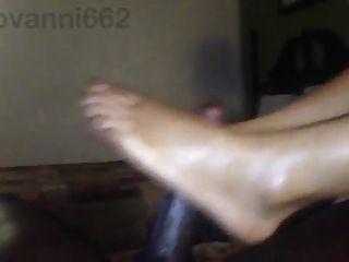 Light Skinned Ebony Footjob Until Explode