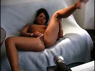 Amateur - Young Cutie - Fisting Her Pussy And Ass