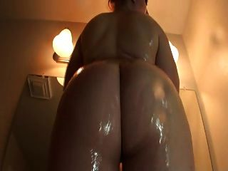 Phat Oiled Booty Shaking