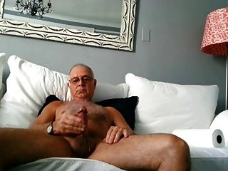 Hot Sexy Older Dad Shoots A Nice Load