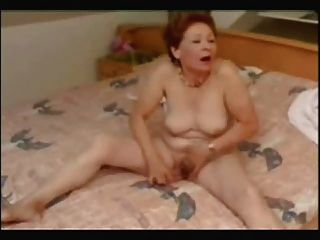Super ! Great Masturbation Of My Old Bitch !