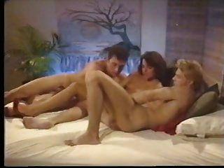 Retro Bareback Bi Sex Threesome