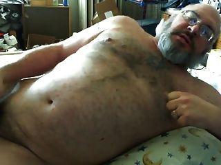 Grizzly Bear Masturbates