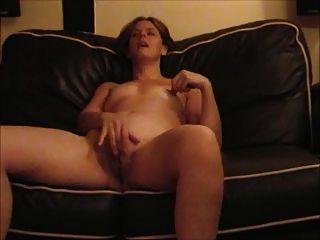 British Ex-gf Milf Wanking - Lovely Pussy Lips!