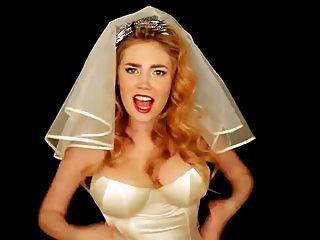 Collien Fernandes & Palina Rojinski - Sexy Brides