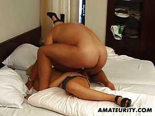 Amateur Girlfriend Sucks And Fucks With Facial