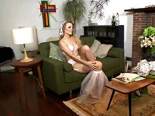 Michelle Moist - Pervy Book Play Time!