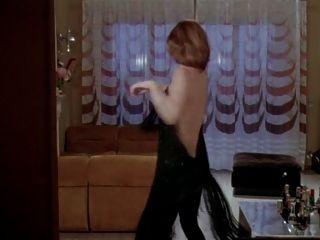 Emanuelles Revenge 1975 (cuckold Erotic Scene)
