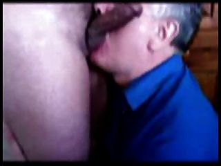 Eatinh Cum From A Small Cock