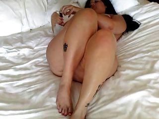 Chubby Big Ass Babe Oil Wiggle Jiggle