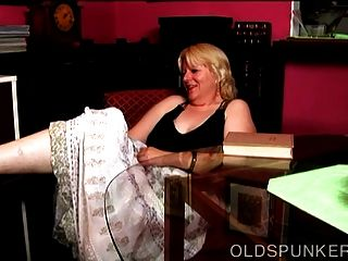 Super Cute Busty Mature Blonde Bbw Fucks Her Wet Pussy