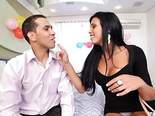 Amazing Latin Shemale Suck And Fuck Lucky Guy