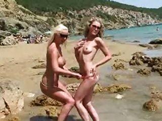 Bikini Pleasure 02