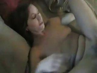 Hot Amateur Mom In Bikini